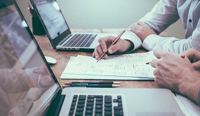 Sichere dir bis zu 750€ für Beratung & Online Marketing mit der Erfolgplus Förderung!